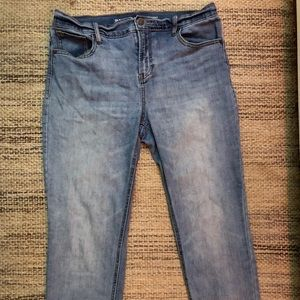 Used Sz 8 Old Navy Power Straight Mid Rise Jeans
